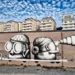 Grafittis, ou plutôt fresque, au vu de la taille de l'oeuvre sur le Quai Marquis d'Aiguillon à Nantes. une oeuvre du collectif Semor Ador